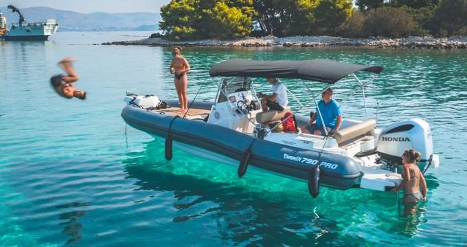 Huur een Marlin Boat 790 PRO BLACK EDITION UNIQUE in Trogir