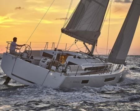Bootverhuur Jeanneau Sun Odyssey 490 in Olbia via SamBoat