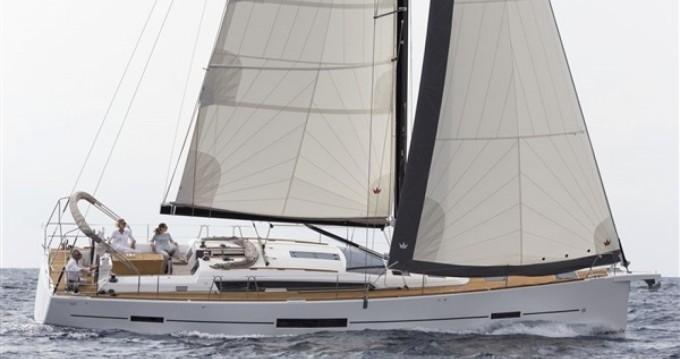 Verhuur Zeilboot in Marina di Portorosa - Dufour Dufour 520 Grand Large