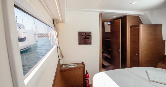 Huur Catamaran met of zonder schipper Lagoon in Marina di Portorosa