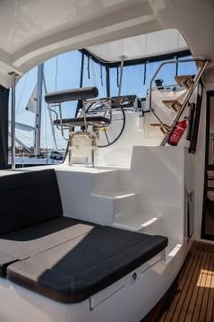 Verhuur Catamaran in Marina di Portorosa - Lagoon Lagoon 42