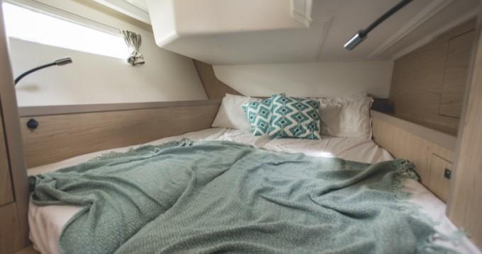 Zeilboot te huur in Marina di Portorosa voor de beste prijs