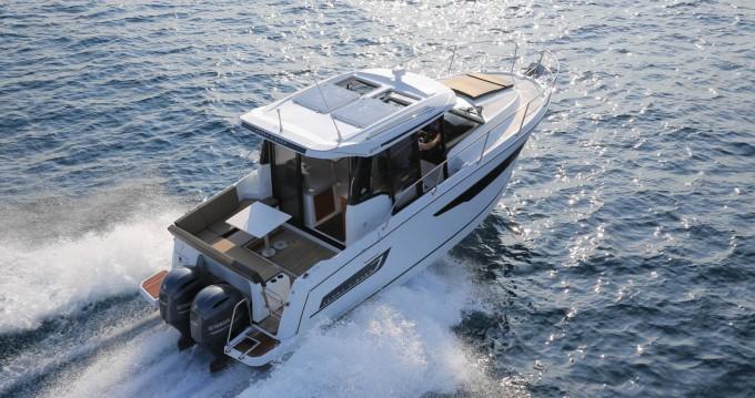 Bootverhuur Jeanneau Jeanneau Merry Fisher 895 in Split via SamBoat
