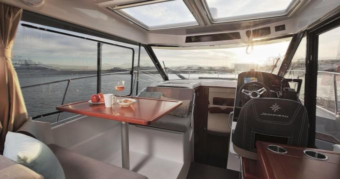 Verhuur Motorboot in Split - Jeanneau Jeanneau Merry Fisher 895