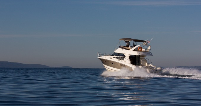 Verhuur Motorboot in Split - Jeanneau Jeanneau Prestige 440