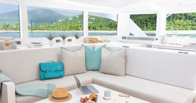 Huur een Voyage Voyage 575 in Tortola