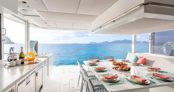 Bootverhuur Tortola goedkoop Voyage 575