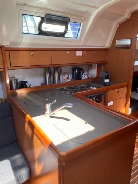 Verhuur Zeilboot in Lelystad - Bavaria Cruiser 37