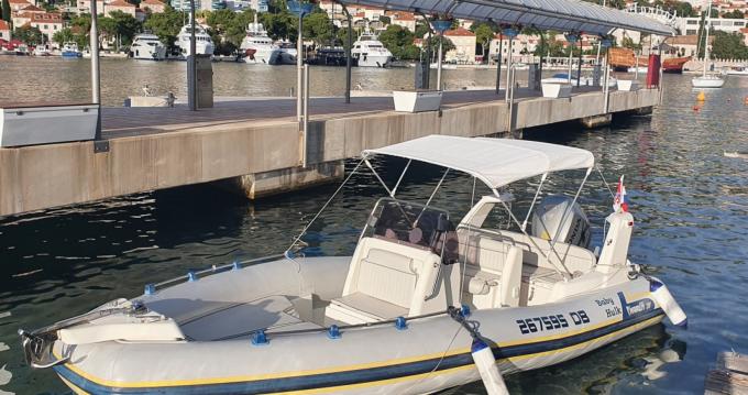 Verhuur Rubberboot Marlin 20 met vaarbewijs