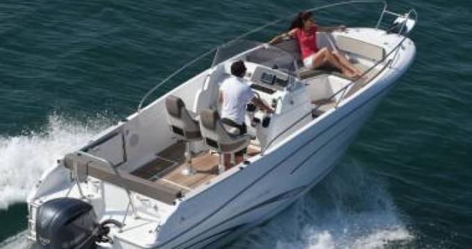 Motorboot te huur in Port du Crouesty voor de beste prijs