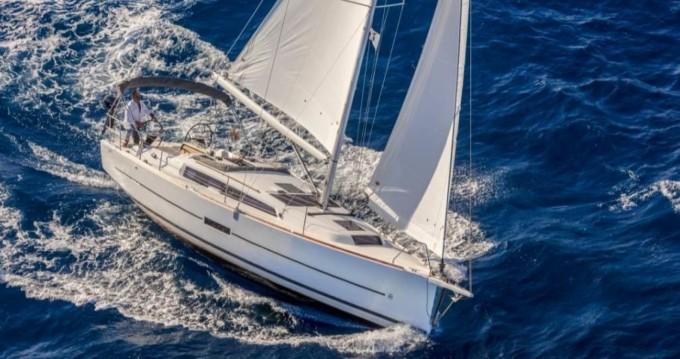 Verhuur Zeilboot in Arzon - Dufour Dufour 360 Grand Large