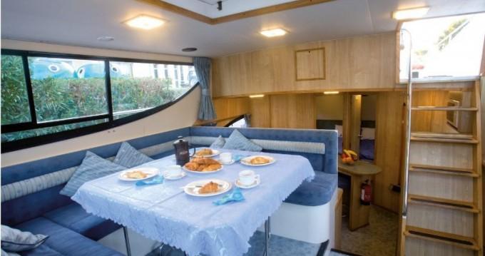 Woonboot te huur in Saint-Jean-de-Losne voor de beste prijs