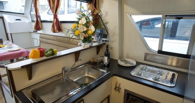 Woonboot te huur in Le Mas-d'Agenais voor de beste prijs