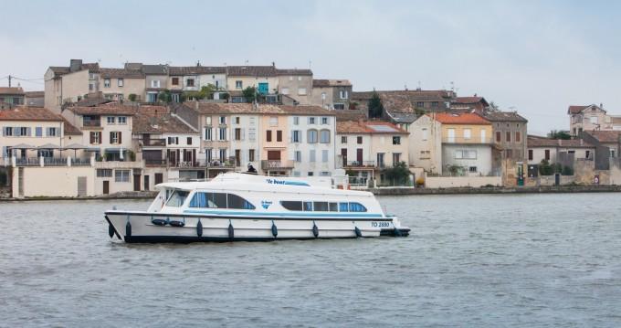 Verhuur Woonboot Calypso met vaarbewijs