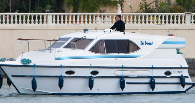 Huur Woonboot met of zonder schipper Countess in Le Mas-d'Agenais