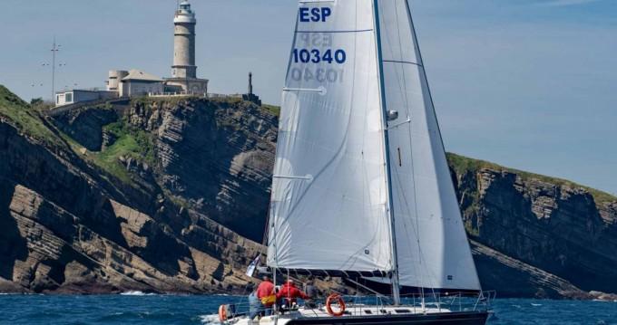 Huur een Dufour Dufour 42 Prestige in Santander