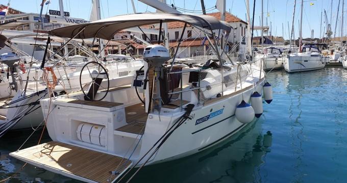 Bootverhuur Trogir goedkoop Dufour 360 Grand Large