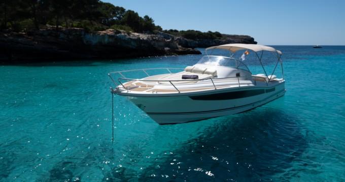Motorboot te huur in Cala'n Bosch voor de beste prijs
