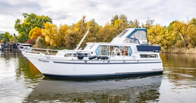 Verhuur Woonboot Proficiat met vaarbewijs