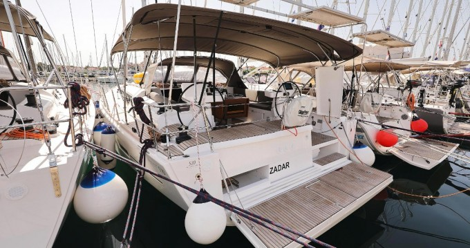 Verhuur Zeilboot in Biograd na Moru - Dufour Dufour 520 Grand Large