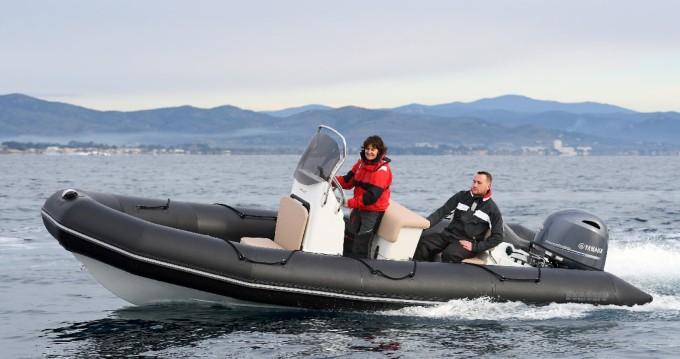 Rubberboot te huur in Port du Crouesty voor de beste prijs
