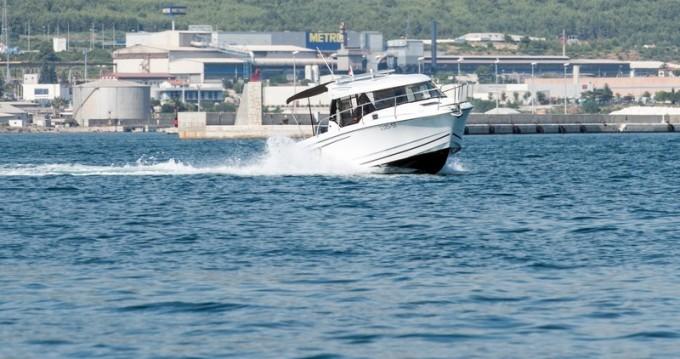 Jachthuur in Kaštel Gomilica - Jeanneau Jeanneau Merry Fisher 795 via SamBoat