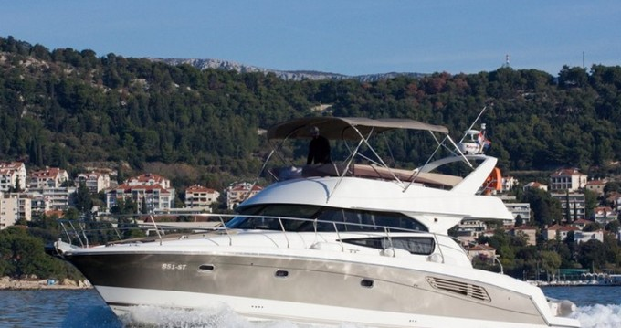Bootverhuur Jeanneau Jeanneau Prestige 440 in Split via SamBoat