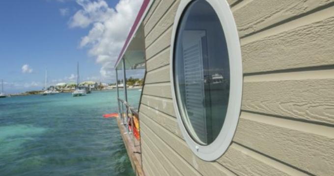 Verhuur Woonboot in Le Marin - Custom Made Aqualodge