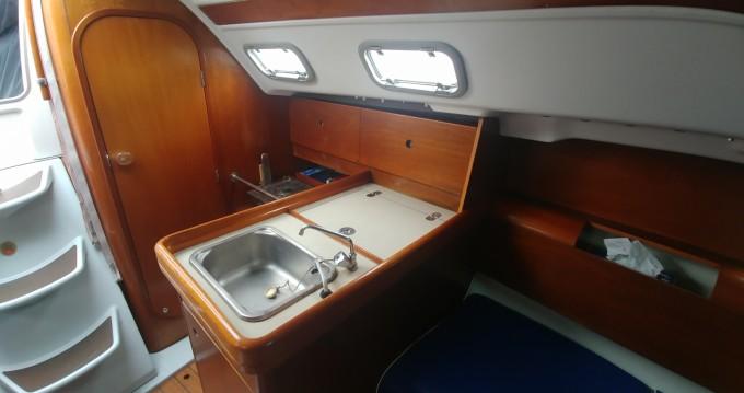 Bootverhuur Bénéteau First 300 Spirit in Martigues via SamBoat