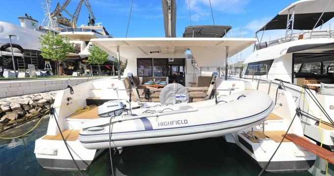 Verhuur Catamaran in Trogir - Fountaine Pajot Lucia 40