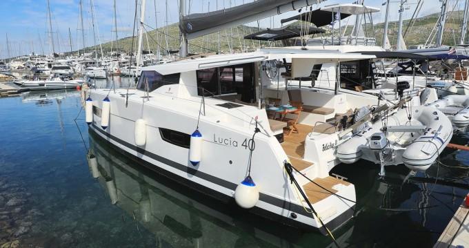Huur Catamaran met of zonder schipper Fountaine Pajot in Trogir