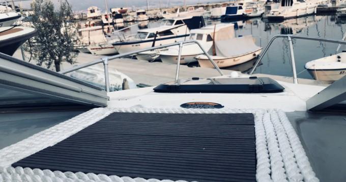 Verhuur Motorboot Bayliner met vaarbewijs