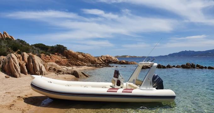 Rubberboot te huur in Cannigione voor de beste prijs