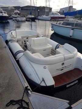 Verhuur Rubberboot Castoldi met vaarbewijs