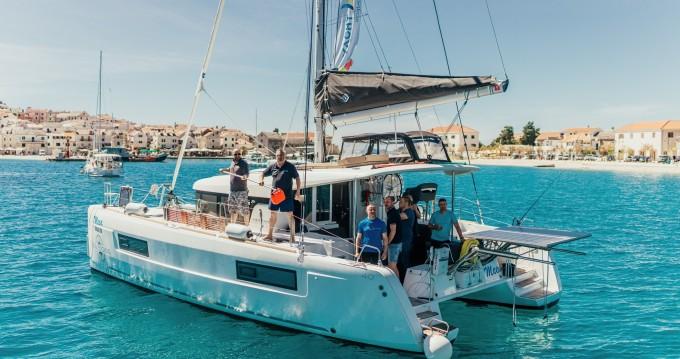 Verhuur Catamaran in Šibenik - Lagoon Lagoon 40