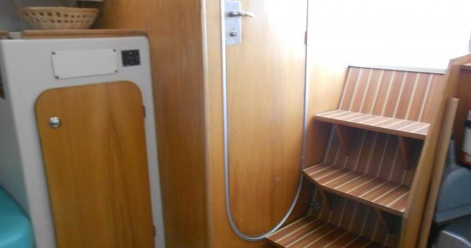 Verhuur Woonboot Low Cost met vaarbewijs