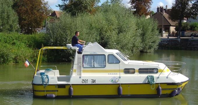 Huur Woonboot met of zonder schipper Classic in Châtillon-en-Bazois