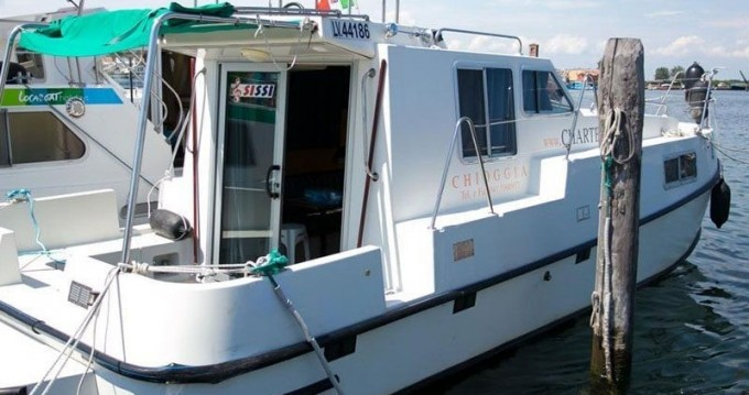 Jachthuur in Chioggia - Classic New Concorde Fly 890 Suite via SamBoat