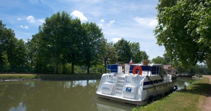 Bootverhuur Premium Tarpon 37 DP in Châtillon-en-Bazois via SamBoat
