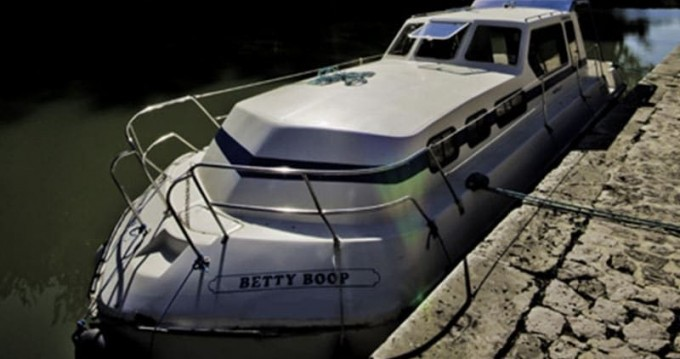 Verhuur Woonboot in Luzech - Classic Triton 1050