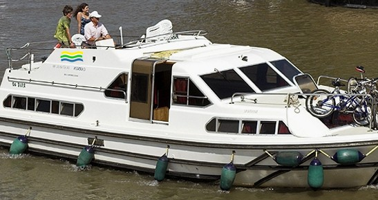 Verhuur Woonboot in Agde - Classic Haines Rive 40