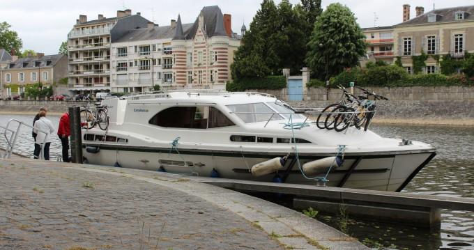 Verhuur Woonboot Classic met vaarbewijs