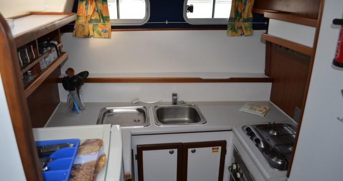 Verhuur Woonboot in Agde - Classic Tarpon 37