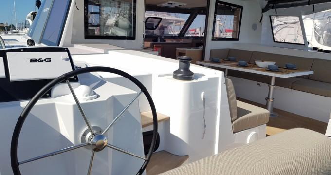 Huur Catamaran met of zonder schipper Nautitech in La Rochelle