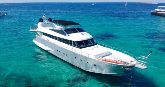 Huur Jacht met of zonder schipper Baglietto in Ibiza Island