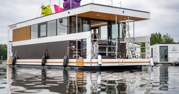 Huur een Ponton Hausboot in Zehdenick