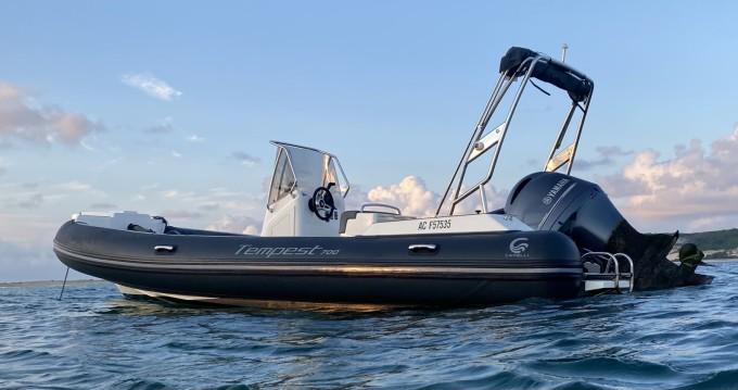 Verhuur Rubberboot in Grand Piquey - Capelli Capelli 700 Sun