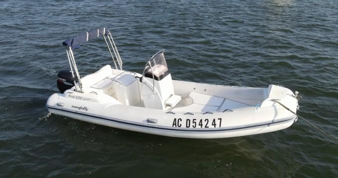 Verhuur Rubberboot in Grand Piquey - Nuova Jolly King 600 Exclusive